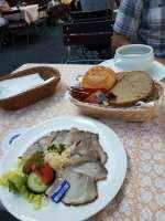 Day4-Hofbrauhaus-Meat